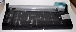 Staples 15141 5 in 1 Rotary Trimmer Paper Cutter 3 To 5 Sheet Capacity Unused