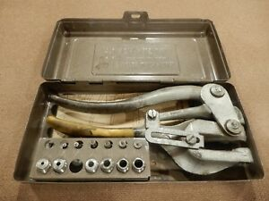 Roper Whitney No 5 Jr Punch Set In Box
