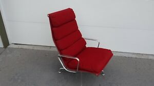 Original Mid Century Modern 1978 Eames Herman Miller Red Soft Pad Lounge Chair