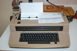 Ibm Correcting Selectric Iii Electric Typewriter 670x Oiled cleaned adjusted
