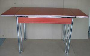 Vintage 50 S Formica And Chrome Howell Kitchen Table With 2 Leafs Attached