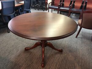 Round Conference Table By Steelcase Office Furn In Dark Cherry Wood 48 d
