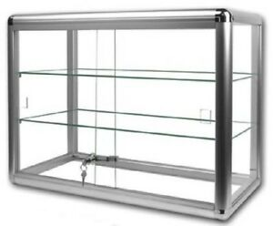 Glass Counter Top Display Case Comes With Lock And Two Shelves
