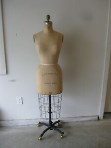 Vintage Wolf Collapsible Dress Form Model 1979 Size 10 With Cage