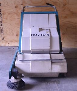 Nobles Scout 37b Battery Powered 24vdc Walk Behind Floor Sweeper New Batteries