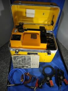 Dynatel 573a Cable Locator W Cables 2 Couplers 3001 3005 Original Manual
