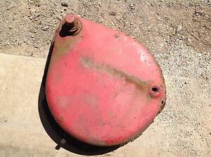 Used Farmall H Brake Housing Ih Part No 48549dax Fits Left Side