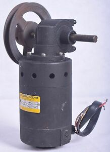 Baldor Boehm Electric Motor 4711m 1 3a Frame 73 W Reducer Pulley