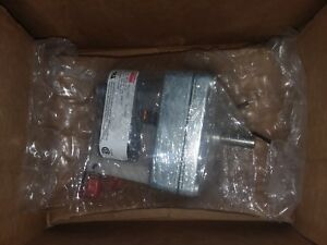 Dayton Model 1mbg2 Gear Motor 197 Rpm 1 195 Hp 115v New