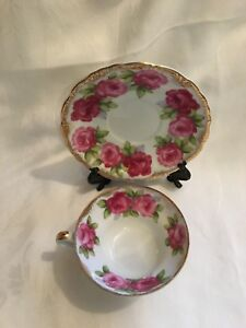 Vintage Del Mar 3 Footed Rose Tea Cup And Saucer Hand Painted 24k Gold