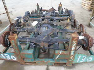 95 01 Ford Explorer Rear Axle Assembly 3 27 Ratio 148k Oem
