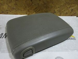 03 06 Yukon Denali Escalade Center Console Storage Box Arm Rest Lid Gray Grey