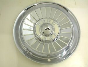 1957 Ford Hubcap 14 Wheel Cover