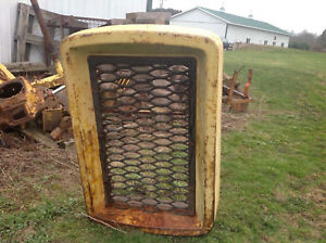 Used John Deere 440 Crawler Bulldozer Grill Assembly W Screen