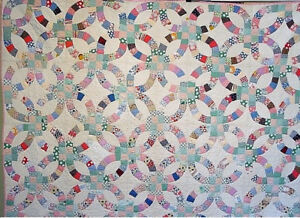 Fabulous Antique Wedding Ring Quilt Hand Pieced Hand Quilted Clean