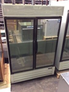 Master bilt Mbgfp48 hgr 2 Swing Glass Door Remote Freezer Merchandiser