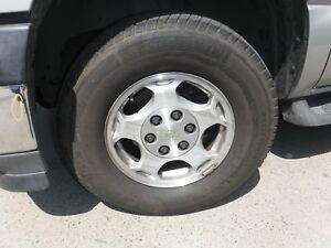 P265 70r16 Set Of 4 Real Nice Wheels And Tires With Caps Chevy Tahoe 04 05 06