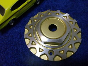 New Oz O z Italy Msw Gold Honeycomb Wheel Center Cap Part M249 On Back Of Hub