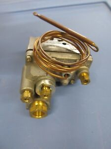 Robertshaw 4700 153 Domestic Gas Oven Thermostat Uni line New Older Stock