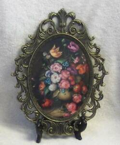 Vintage Brass Ornate Convex Bubble Glass Frame Made In Italy Floral Picture