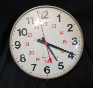 Vintage 13 Commercial School Electric Round Wall Clock Mid Century 1960 s
