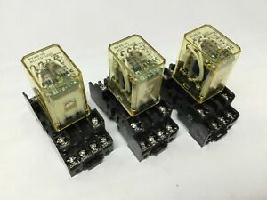 Lot Of 3 Idec Ry4s ul Ac110 120v Ice Cube Power Relays 120vac 4pdt 5a W socket