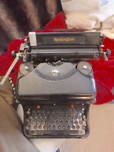 Vintage Remington Noiseless Typewriter Great Condition And Working
