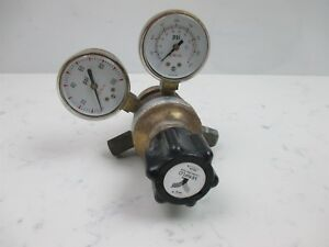 Veriflo 57 000180 Dual Gauge Pressure Regulator Brass W Usg Gauges