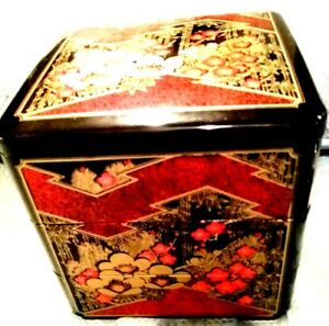 Japanese Vintage 3 Tiered Jubako Black Box Black Lacquerware Footed Square