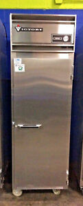 Victory Faa 1d s7 Commercial 1 Door Reach in Freezer Stainless Steel On Casters