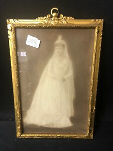 Nice Gold Leaf Style Wooden Hanging Picture Frame Ca 1930