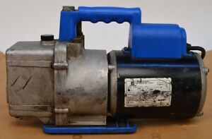 Robinaire Model 15600 1 Phase 120v 7 1a 1 2 Hp Vacuum Pump 6cfm