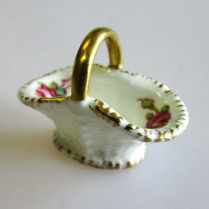 A Royal Worcester Porcelain Miniature Basket Hand Painted Roses 1941