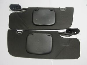 2005 2009 Ford Mustang Convertible Sun Visor Shade Passenger Set Pair Black Oem