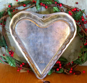Antique Vintage Primitive Ruffled Heart Valentines Day Cake Baking Pan W Germany