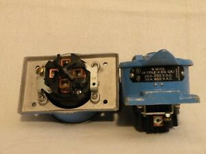2 Used Hubbell 4 pole 5 wire 30a 600vac 20a 250vdc Hubbellock Receptacles