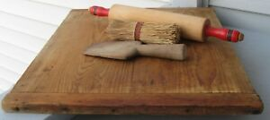 Antique Vintage Wooden Bread Board With Baker End Handles Nice Size