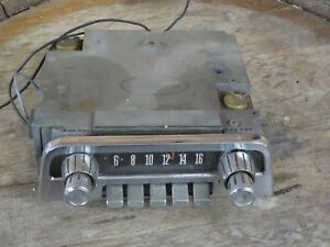 Original 1962 1963 Ford Thunderbird T bird Am Push button Radio Assembly Fomoco