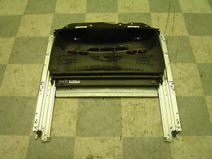 2011 2014 Dodge Charger Rt Srt 8 Oem Power Sunroof Roof Glass Assembly
