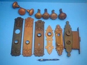 Lot Of Vintage Antique Victorian Door Knobs And Plates