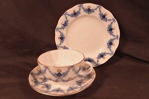 Russian Lomonosov Design Flower Garland Cobalt Blue China Cup Saucer Plate