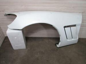 10 13 Corvette Grand Sport Lh Fender W Brackets Vent White Damage scratch