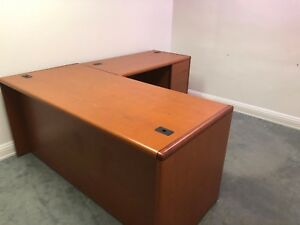 5 1 2 X 6 1 2 Executive L shape Desk By Hon Office Furniture In Cherry Laminate