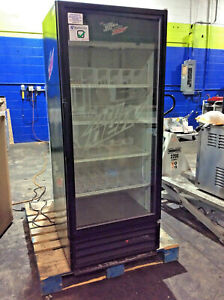 True Gdm 12 1 Door Glass Refrigerator Cooler Merchandiser Refrigerator