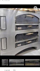 Double Marsal Mb60 Natural Gas Stone Deck Pizza Ovens Stacked Model Mb60