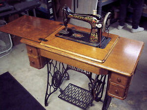 Antique 1918 Singer 66 Red Eye Treadle Sewing Machine W Oak Cabinet Reduced