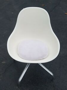 Vintage Mid Century Eames Style Fiberglass And Stainless Steel Swivel Chair