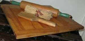 Vintage Wooden Bread Board With Baker End Handles Nice Size