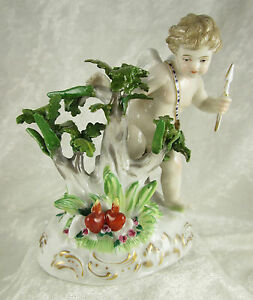 Antique 18c Ludwigsburg Germany Porcelain Cherub Putto Cupid Figurine 5hx4wx3ind