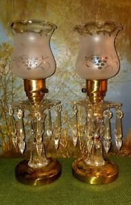 2 Vintage Mid Century Etched Glass Brass Boudior Mantle Table Lamps W Prisms
